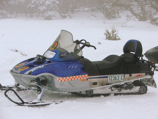 SES_Snow_Mobile