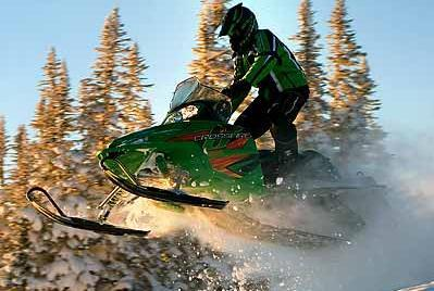 Best Oil for Snowmobiles