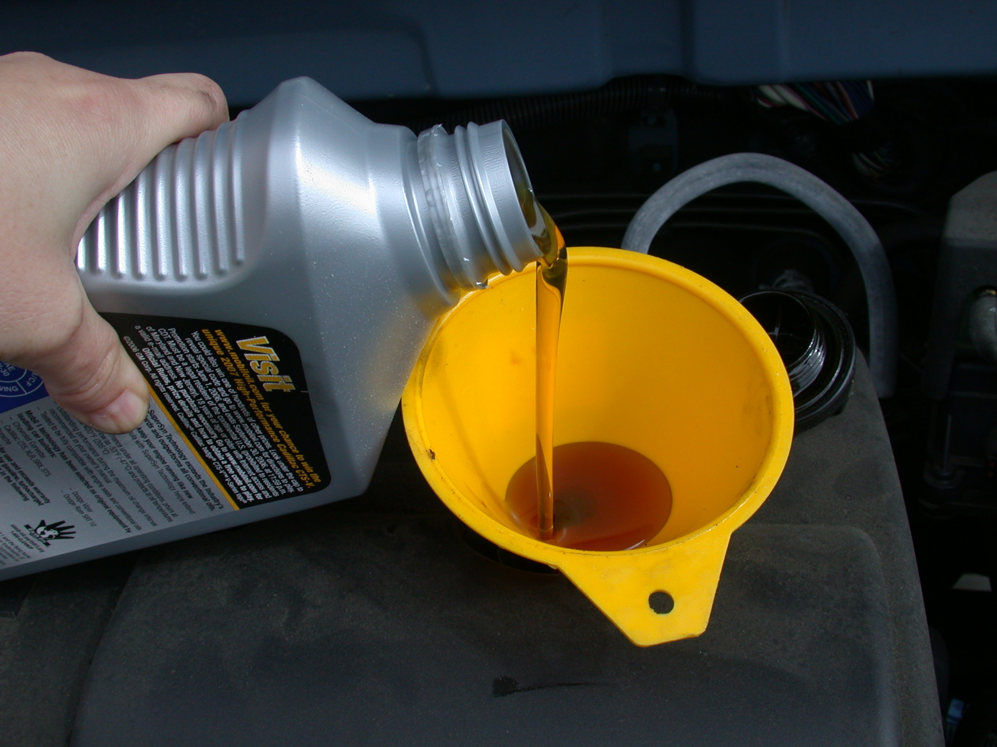 Compare/Contrast: Two Cycle Oil and Motor Oil | Outboard Motor Oil