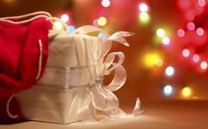 christmas-gift-1024x640
