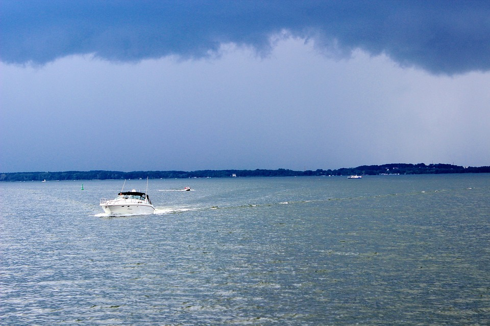 speed boat on water