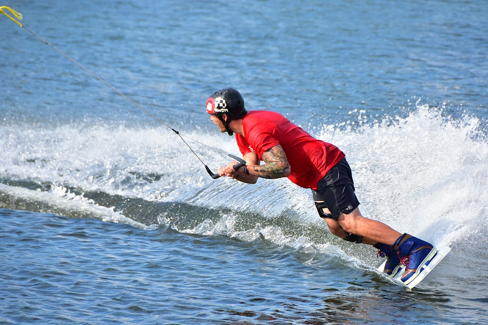 2-wakeboarding