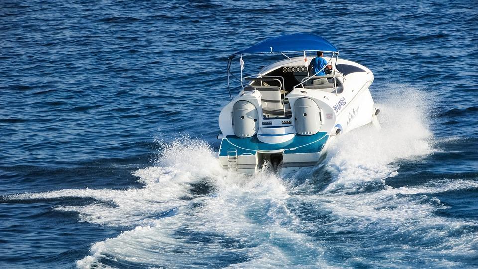 outboard motor oil